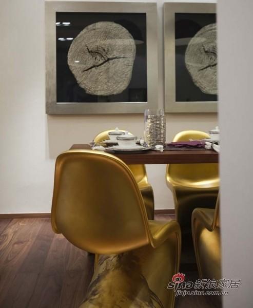 金漆的餐椅