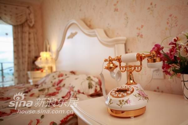 地中海 别墅 卧室图片来自用户2756243717在欧式古典风格-马可波罗31的分享