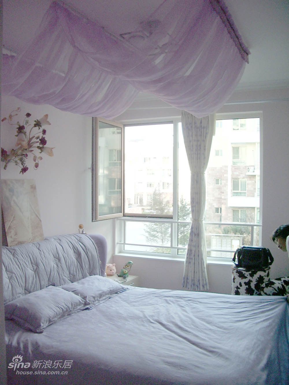 简约 三居 卧室图片来自用户2739378857在现代简约84的分享