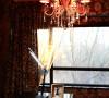 书桌及吊灯
