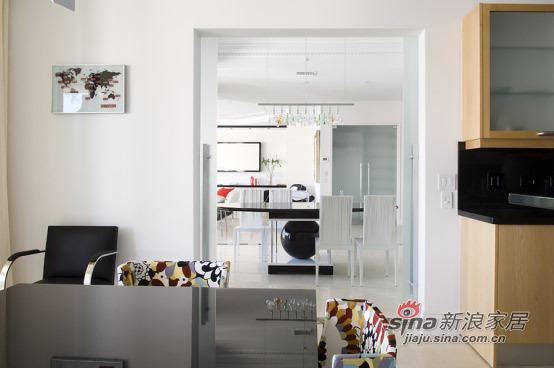 简约 三居 客厅图片来自用户2558728947在210平舒适温馨白色酷玩地带50的分享