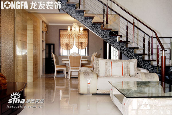 欧式 跃层 楼梯图片来自用户2557013183在枫林绿洲样板间96的分享