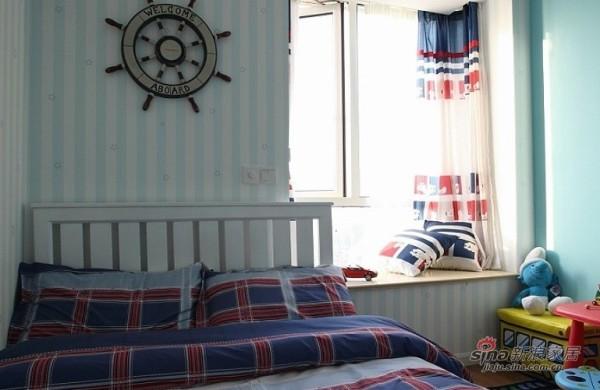 欧式 二居 卧室图片来自用户2745758987在小萝莉和大叔的85平甜蜜爱巢51的分享