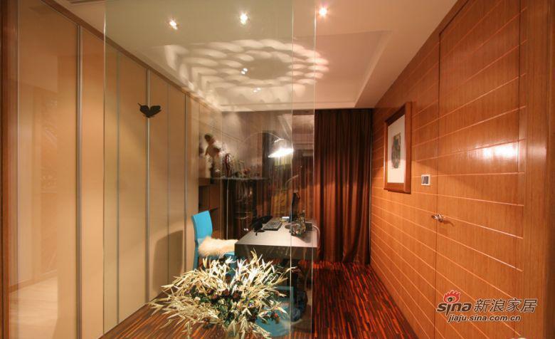 现代 三居 书房图片来自装修微日记在【高清】114平古朴典雅现代3居室64的分享