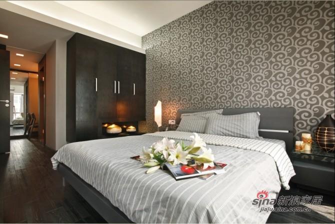 简约 三居 卧室图片来自用户2737950087在9万巧装135平品质空间3居28的分享