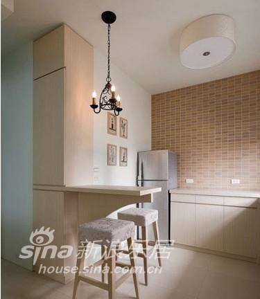 简约 二居 客厅图片来自用户2745807237在舒适的小窝42的分享