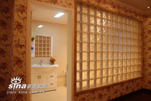 欧式 三居 卫生间图片来自用户2746889121在欧式风格样板房(244平米)76的分享