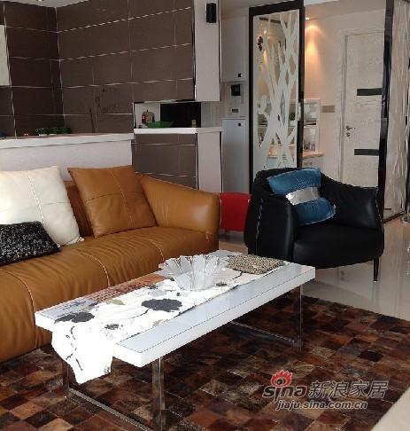 混搭 三居 客厅图片来自用户1907655435在混搭138平温馨3房2厅2卫72的分享