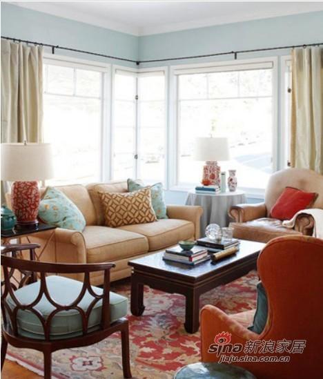 大气的客厅空间,感受到红色所带来的温暖气