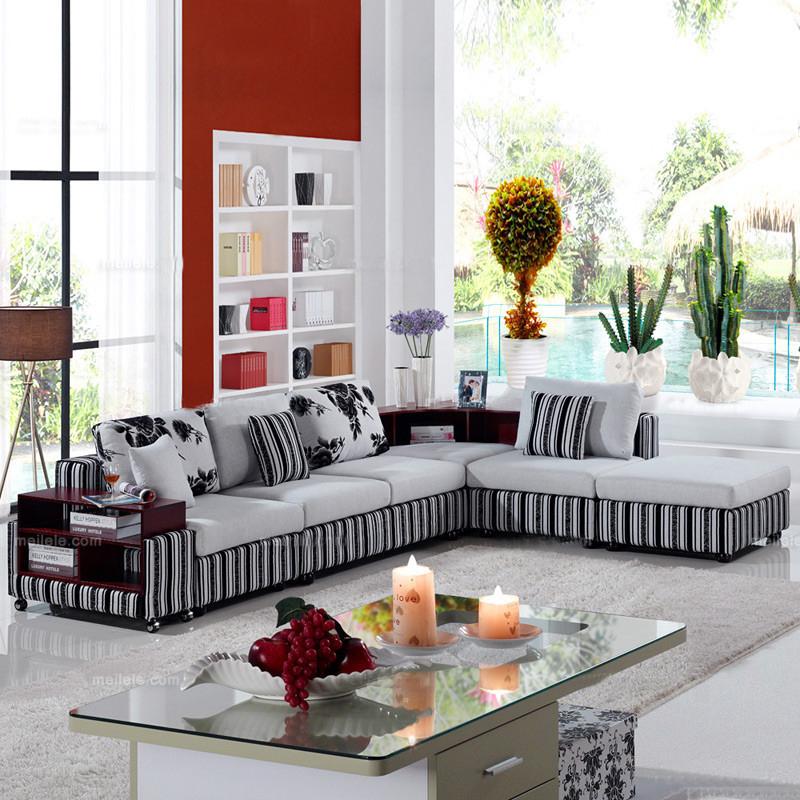 客厅 沙发 现代 布艺 空间秀场景图片来自用户2771736967在色彩清爽的客厅的分享