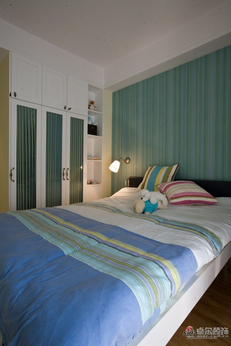 简约 二居 卧室图片来自用户2738813661在西街花园95㎡田园范儿2居17的分享