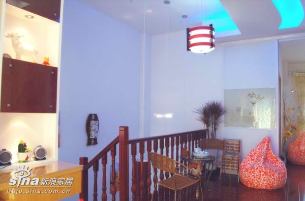 简约 一居 楼梯图片来自用户2738813661在实用美观样板间23的分享