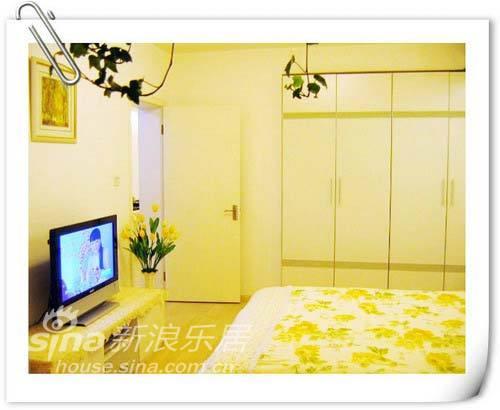 简约 二居 卧室图片来自用户2737950087在5万简装113平舒适大方浅色系三口之家87的分享