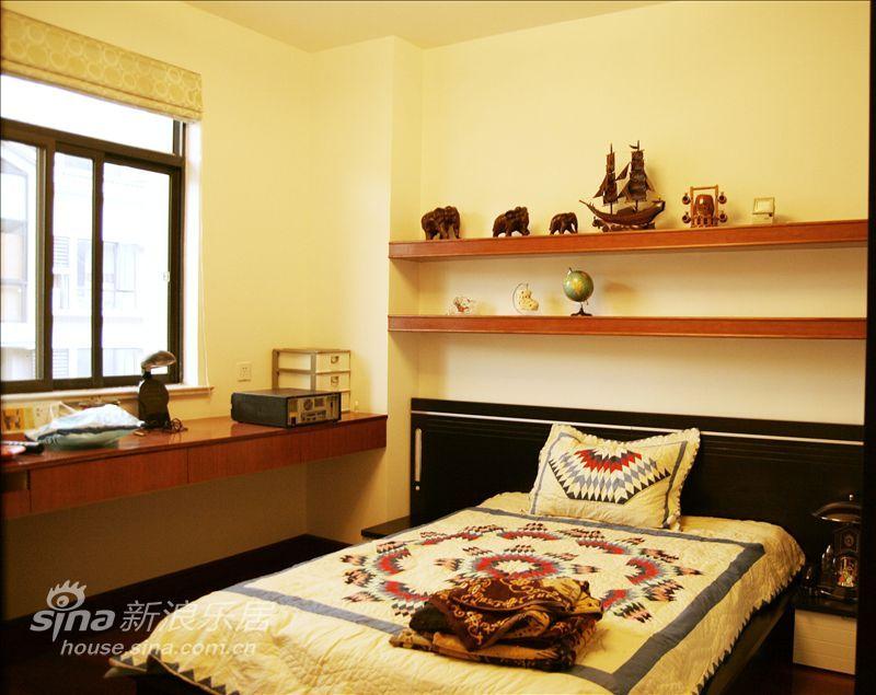 简约 复式 卧室图片来自用户2737735823在简约现代-天地花园19的分享