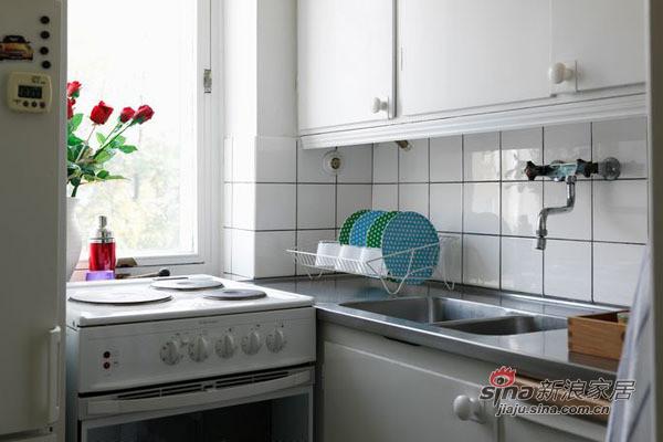 厨房的整体设计告别了狭小、油烟满布的印象