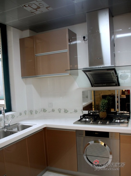 简约 二居 厨房图片来自用户2737759857在16张实景图揭密幸福之家36的分享
