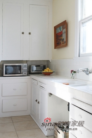 简约 一居 厨房图片来自用户2738093703在女强人的波西米亚自由公寓21的分享
