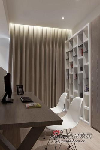 简约 三居 书房图片来自用户2559456651在打造现代的住宅公寓80的分享