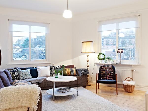闲暇之余坐在窗边,温暖时尚简约,家的感觉尽享其中!