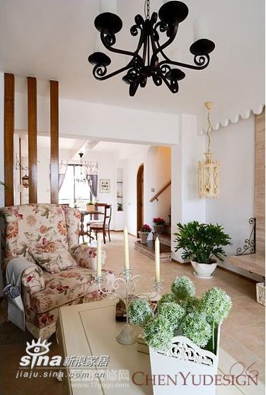欧式 跃层 客厅图片来自用户2746889121在悬铃木下 --- 那时花开86的分享
