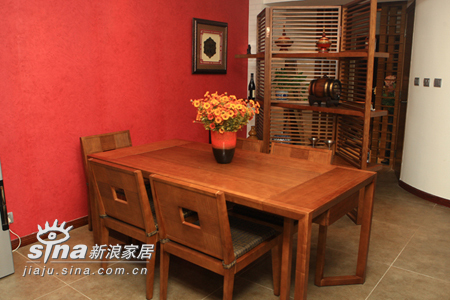 简约 一居 餐厅图片来自用户2737786973在荣麟世佳槟榔家具86的分享