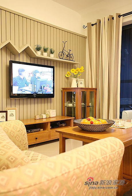 北欧 二居 客厅图片来自佰辰生活装饰在85平原木清新北欧风格唯美家99的分享