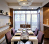 吧台悬挑式设计,作为两个空间共同的台面使