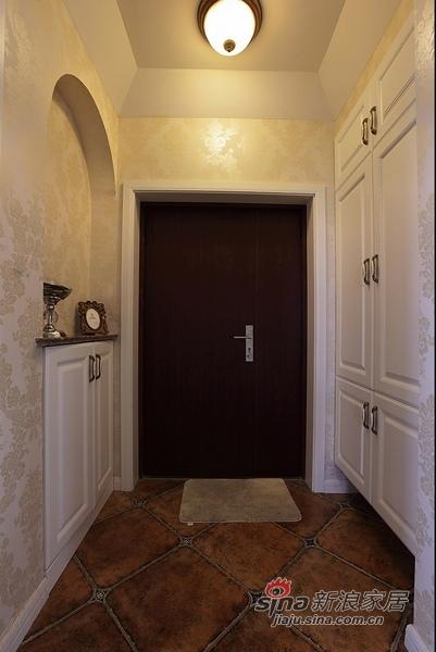 美式 二居 玄关图片来自用户1907685403在110平时尚公寓爱上美式风36的分享