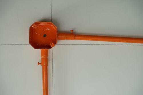 涂塑镀锌金属穿线管相比较PVC管更优