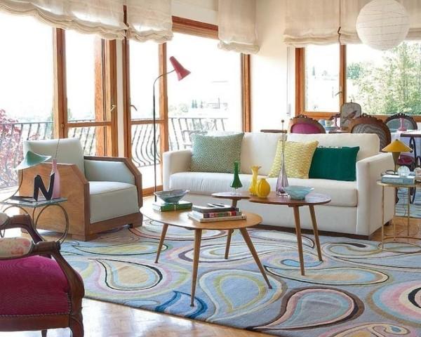 彩色花纹的地毯很有艺术气息