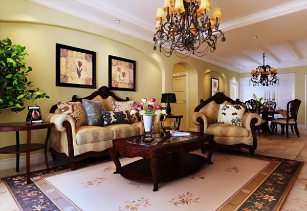 浓浓的美式韵味夹杂着欧式的典雅,呈现出浪漫的混搭风。特别喜欢这组沙发,以后装修也挑这样的家私吧~