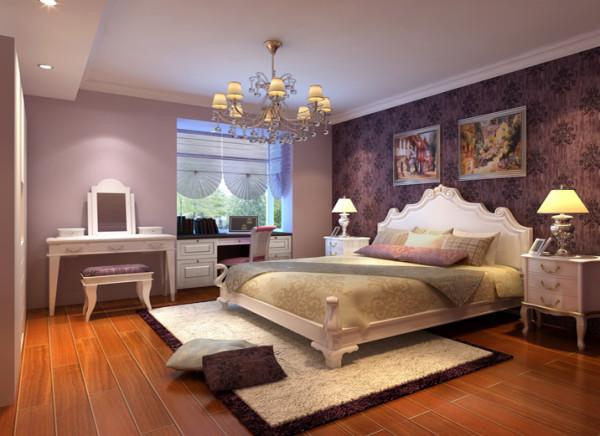 这间卧室为业主居住的房间。整体书柜和床头柜结合简单大气。