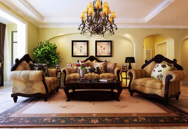 欧式的造型配上美式的家私,在家可以享受欧美风情,体验家的幸福温馨