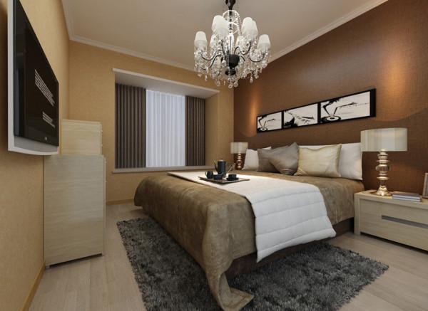 设计理念:主卧室不仅是睡眠、休息的地方,而且是最具私隐性的空间。主卧室须依据主人的年龄、性格、志趣爱好,考虑宁静稳重的或浪漫舒适的情调,创造一个完全属于个人的温馨环境。