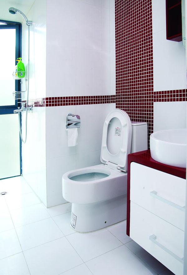 城建 世华泊郡 120平米  80后小夫妻现代简约型的 婚房设计案例——卫生间