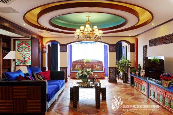 运用蒙古族,藏族等多种元素的有机融合,精心打造.呈现图片