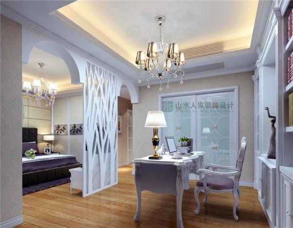 对书房和卧室采用套房的处理方法,套房的处理可以使整个空间更大更明亮,使用起来更方便,衣帽间也巧妙的套在书房内,使卧室功能更强大。