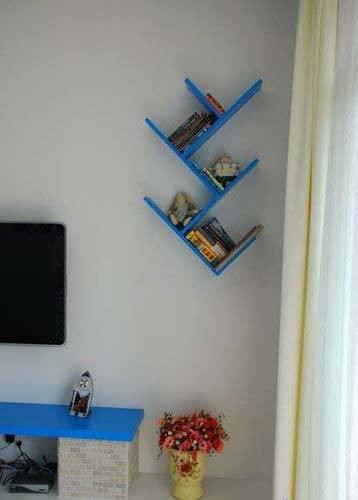 电视背景墙的一处置物架,装饰性比较大