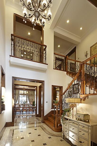 君山高尔夫别墅400平米美式风格  楼梯设计