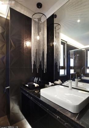 时尚 欧式 典雅 公主房 白富美 卫生间图片来自幸福空间在330平精品魅力 奢华宫廷风的分享