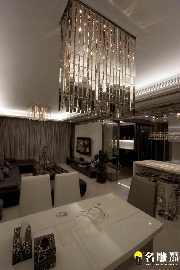 名雕装饰设计——灯具:吊灯采用水晶材质灯饰,体现现代感