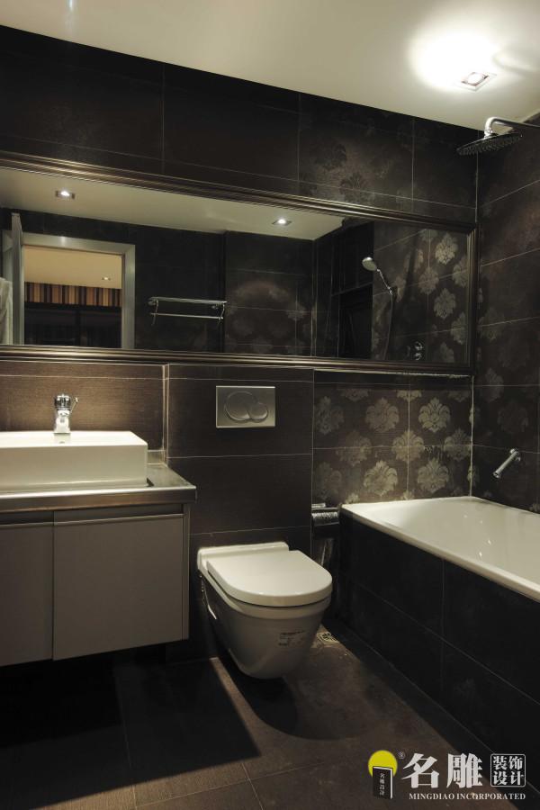 名雕装饰设计——卫生间:强调功能性和现代感的结合,体现业主稳重的性格。