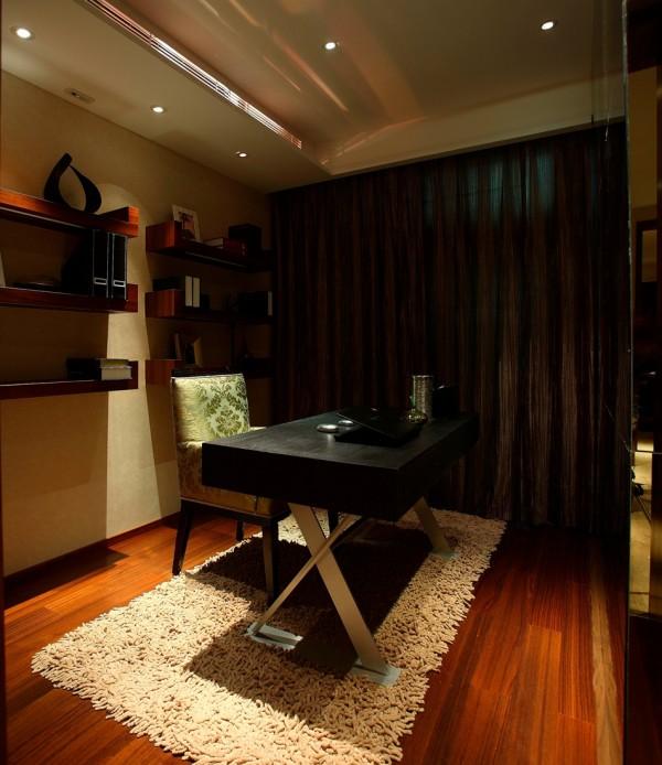 澳景园 书房 书桌