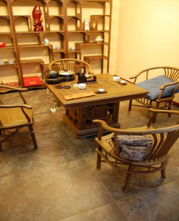 茶室:开辟出一个角落作为准茶室,装修成你喜欢的风格,自然可以随兴所至,品茗聊天、放松心情。