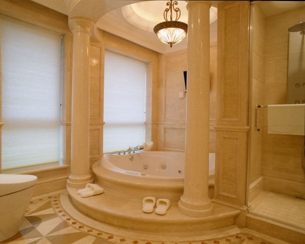 朱雀门 浴缸