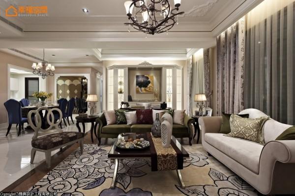 样品屋建商期待空间感的呈现是开阔且富有运用弹性地,因此雅典设计将客厅、书房以开放性概念连结,弹性的规划预留下未来屋主调整空间。