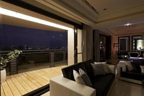 欧式 新古典 混搭 三居 白领 白富美 阳台图片来自幸福空间在一眼爱上 黑白现代新古典宅邸的分享