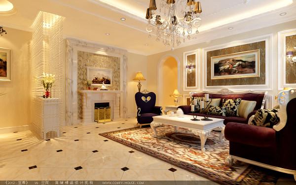 客厅壁炉强装饰,彰显出欧式的富贵大气,拱形门造型以后墙壁油画装饰,增添了空间的时尚艺术感
