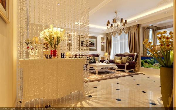 门厅使用水晶珠帘做修饰,将客厅的很好的分割开;简约的造型顶增添了空间的时尚简约之气。