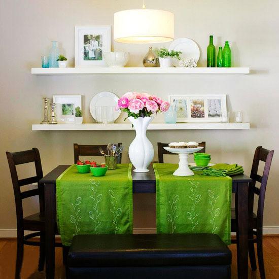 餐桌椅上加一点点绿,是不是品尝美食的时候也会感觉更健康?